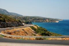 Straße nahe Küste Stockbild