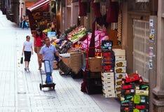 Straße nahe Markt im alten Bezirk Logrono Lizenzfreies Stockbild