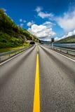 Straße in Norwegen Lizenzfreie Stockbilder