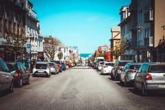 Straße in Reykjavik stockfotos