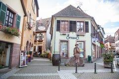 Straße in Ribeauville Stockbild