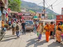 Straße in Rishikesh stockbilder