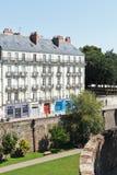 Straße Rue Premion in Nantes, Frankreich Lizenzfreies Stockfoto