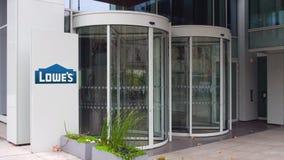 Straße Signagebrett mit Lowe-` s Logo Modernes Bürohaus Redaktionelle Wiedergabe 3D Stockfoto