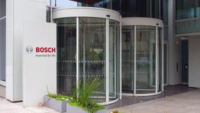 Straße Signagebrett mit Robert Bosch-GmbHlogo Modernes Bürohaus Redaktionelle Wiedergabe 4K 3D stock footage