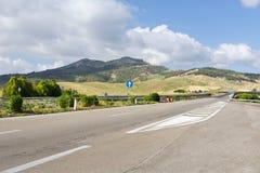 Straße in Sizilien Stockbild