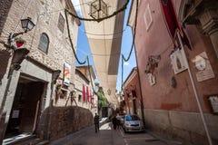 Straße in Toledo, Spanien Lizenzfreie Stockfotografie