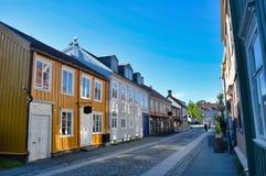 Straße in Trondheim in Norwegen Lizenzfreie Stockfotos