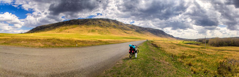 Straße und Fahrrad Stockfotografie