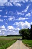 Straße und Felder Lizenzfreies Stockfoto