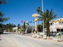 Straße und Kai in Tunesien im schönen Wetter im Juli 2013 Stockbilder