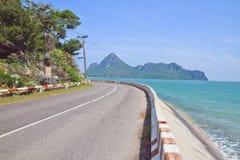 Straße und Meer Stockbilder