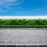 Straße und Zaun Lizenzfreie Stockfotos