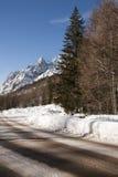 Straße in Val Frettchen, Courmayeur, das Aostatal, Italien Stockfotografie