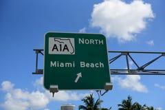 Straße Verkehrszeichen herein Miami lizenzfreie stockfotografie