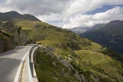 Straße vom Passo Gavia lizenzfreie stockfotos