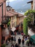 Straße von Bellaggio in Italien Lizenzfreie Stockbilder
