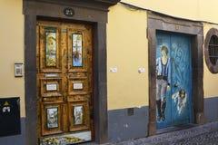 Straße von gemalten Türen, Funchal, Madeira, Portugal Stockfotografie