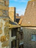 Straße von Mont Saint-Michel, Frankreich Stockbild