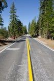 Straße in Yosemite Lizenzfreies Stockfoto