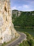 Straße zu Donau Lizenzfreie Stockfotos
