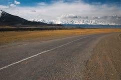 Straße zu nirgendwo Stockbild