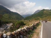 Straße zu Sapa in Vietnam Stockbild