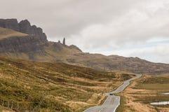 Straße zum alten Mann von Storr, Insel von Skye stockbild