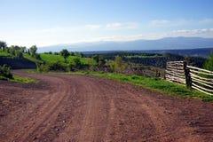 Straße zum Berg Lizenzfreies Stockbild