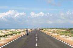 Straße zum Ende der Welt, Dhanushkodi-Dorf, Rameshwaram, Indien Lizenzfreie Stockfotografie