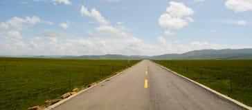 Straße zum Gelben Fluss lizenzfreies stockfoto