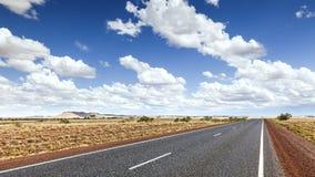 Straße zum Horizont stockfotografie