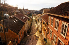 Straße zum Markt in Arendal Stockfotos