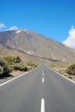Straße, zum von Teide einzuhängen Stockbild