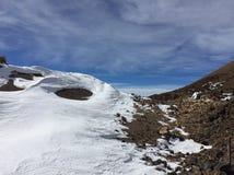 Straße zum Vulkan stockfotos