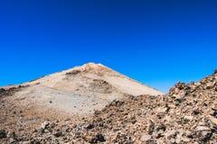 Straße zum Vulkan Stockfotografie