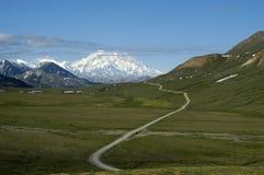 Straße zur Montierung McKinley Stockbild