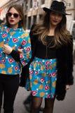 Straßen-Art: Milan Fashion Week Autumn /Winter 2015-16 Stockfotografie