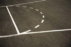 Straßen-Basketballplatz Lizenzfreie Stockfotos