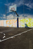 Straßen-Basketballplatz Stockfotografie