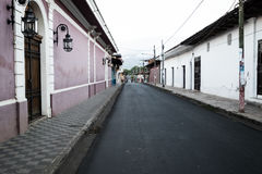 Straßen-bunte Gebäude Granadas Nicaragua Stockbild