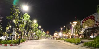 Straßen-Einkaufsmitternacht stockbilder