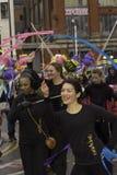 Straßen-Parade Liverpool-Chinesischen Neujahrsfests Stockfoto