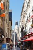 Straßen-Rue-DES Petites Ecuries in Nantes, Frankreich Lizenzfreie Stockfotos