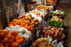 Straßen-seitlicher Frischmarkt Lizenzfreie Stockfotografie