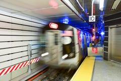 72. Straßen-U-Bahnstation Lizenzfreie Stockfotografie