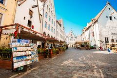 Straßen und alte Stadtarchitektur-estnisches Kapital Lizenzfreie Stockfotografie