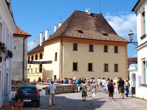 Straßen von Cesky Krumlov, Tschechische Republik lizenzfreie stockfotos