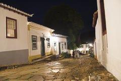 Straßen von Tiradentes nachts Lizenzfreie Stockfotografie