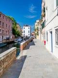 Straßen von Venedig Stockbilder